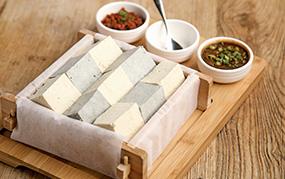 古法自制泉水豆腐