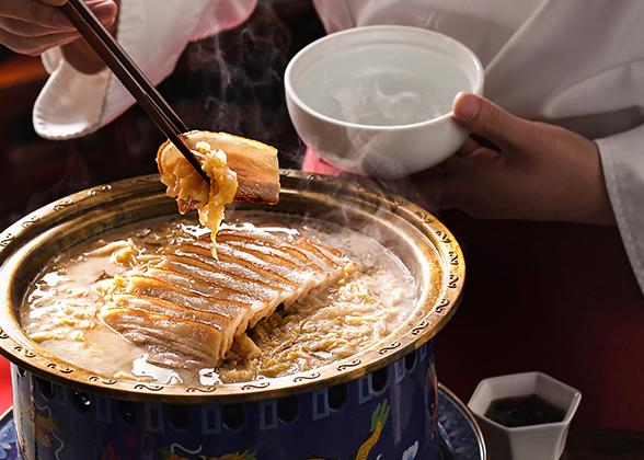 酸菜炉灶肉